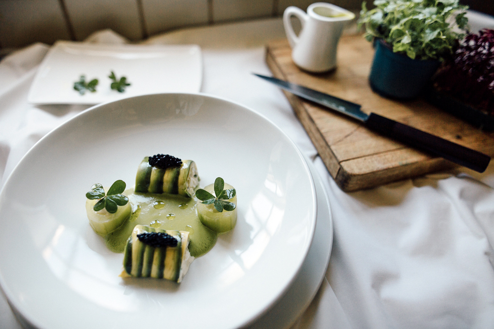 Recipe: Blue Swimmer crab tartar, avocado, cucumber, green tomato gazpacho, avruga